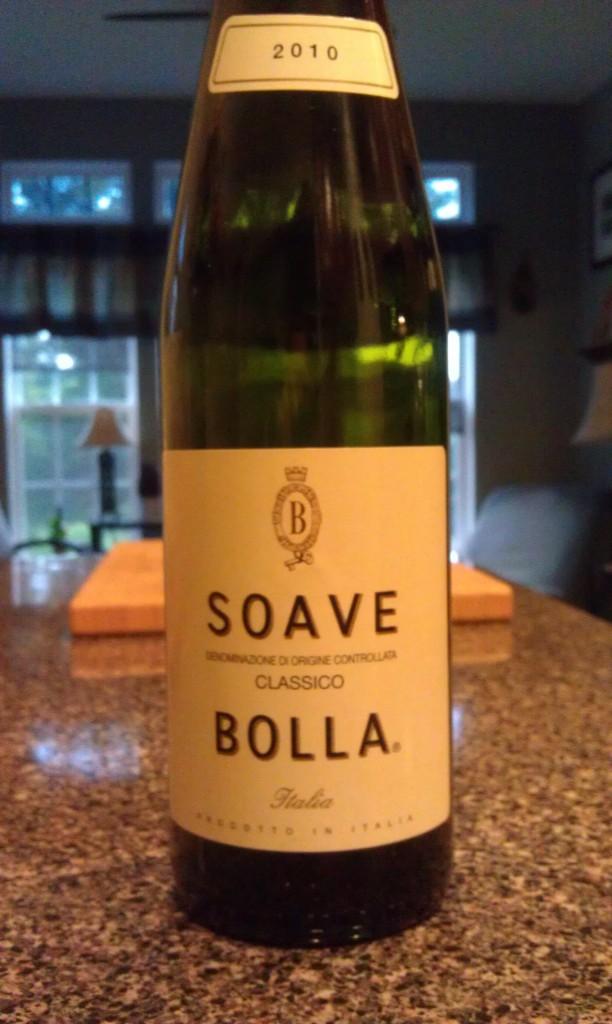 2010 Bolla Soave Classico DOC