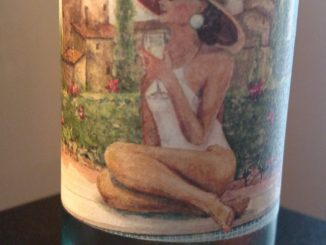 Photo of a bottle of 2015 La Bastarda Pinot Grigio Terre di Siciliana IGP