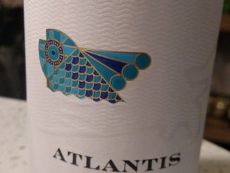 Image of a bottle of 2016 Atlantis Albarino