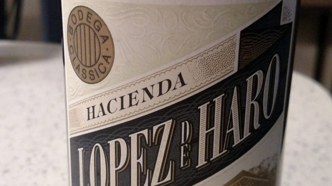 Image of a bottle of 2016 Hacienda Lopez de Haro Blanco