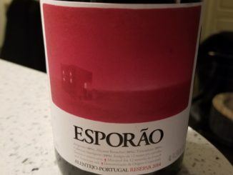 Image of a bottle of 2014 Esporao Red Reserve