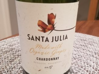 Image of a bottle of 2018 Santa Julia Organic Chardonnay
